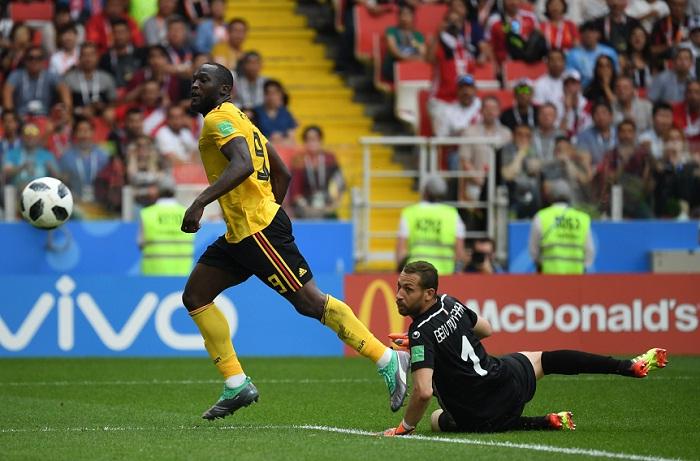 Romelu Lukako marcó un doblete en el triunfo de Bélgica sobre Túnez y empató a Cristiano Ronaldo como máximos goleadores de Rusia 2018 con cuatro. LA PRENSA/AFP / Kirill KUDRYAVTSEV