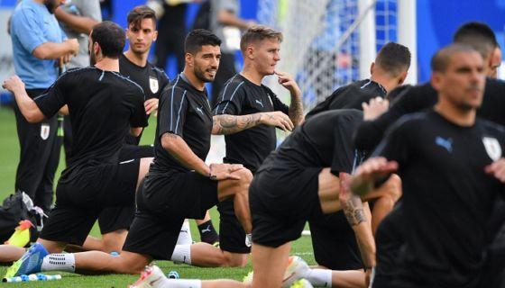 Uruguay enfrentará a la sorprendente Rusia por el liderato del grupo A. LA PRENSA/ AFP/ Emmanuel DUNAND