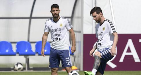 Lionel Messi se unió a la concentración de la selección de Argentina este martes, con miras al amistoso con Nicaragua y la Copa América. LAPRENSA/ARCHIVO/AFP
