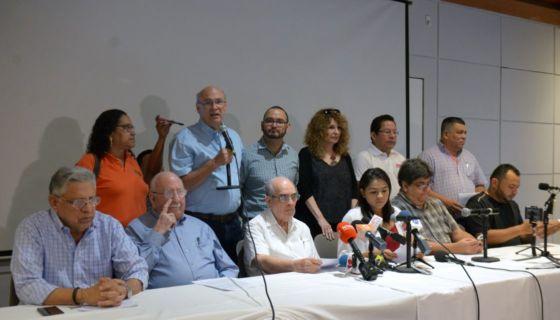 Periodistas independientes se pronuncian ante el asedio de los paramilitares orteguistas. LA PRENSA/ CARLOS VALLE