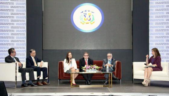 Pese al intento de boicot del Gobierno de Daniel Ortega, José Adán Aguerri si participó en la Cumbre del SICA. LA PRENSA/ TOMADA DE TWITTER
