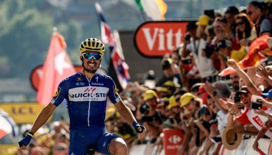 Julian Alaphilippe se impuso en la décima etapa del Tour de Francia, la primera de montaña en la edición 2018. LA PRENSA/ AFP / Philippe LOPEZ