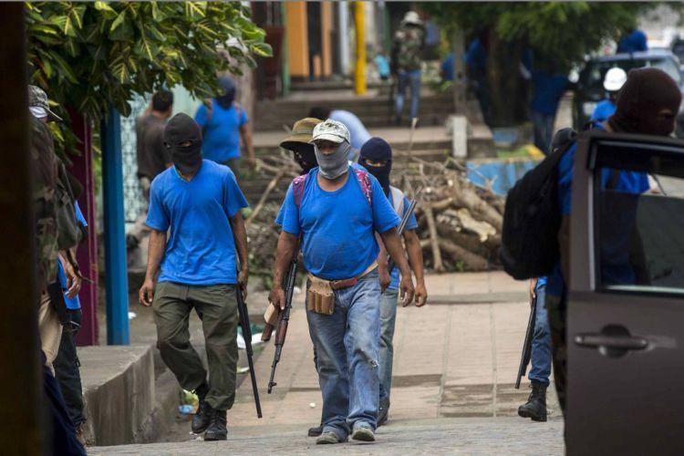 Paramilitares mantienen el control de diferentes departamentos de Nicaragua. LA PRENSA /EFE