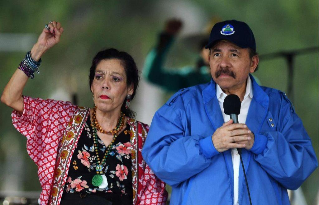 Daniel Ortega y Rosario Murillo durante un acto en Managua el sábado 7 de julio de 2018. LA PRENSA/ AFP
