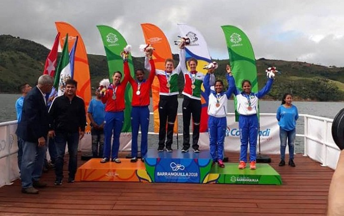 Las nicaragüenses Ana Vanegas y Evidelia González ganaron la primera medalla, de bronce, para Nicaragua en los Juegos Centroamericanos y del Caribe de Barranquilla 2018 este sábado, en la prueba de dos remos largos. LA PRENSA/CORTESÍA/CON