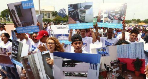 Un acto en conmemoración por el Día del Estudiante nicaragüense fue convertido en un mitin político por el FSLN. LA PRENSA/ TOMADA DEL 19