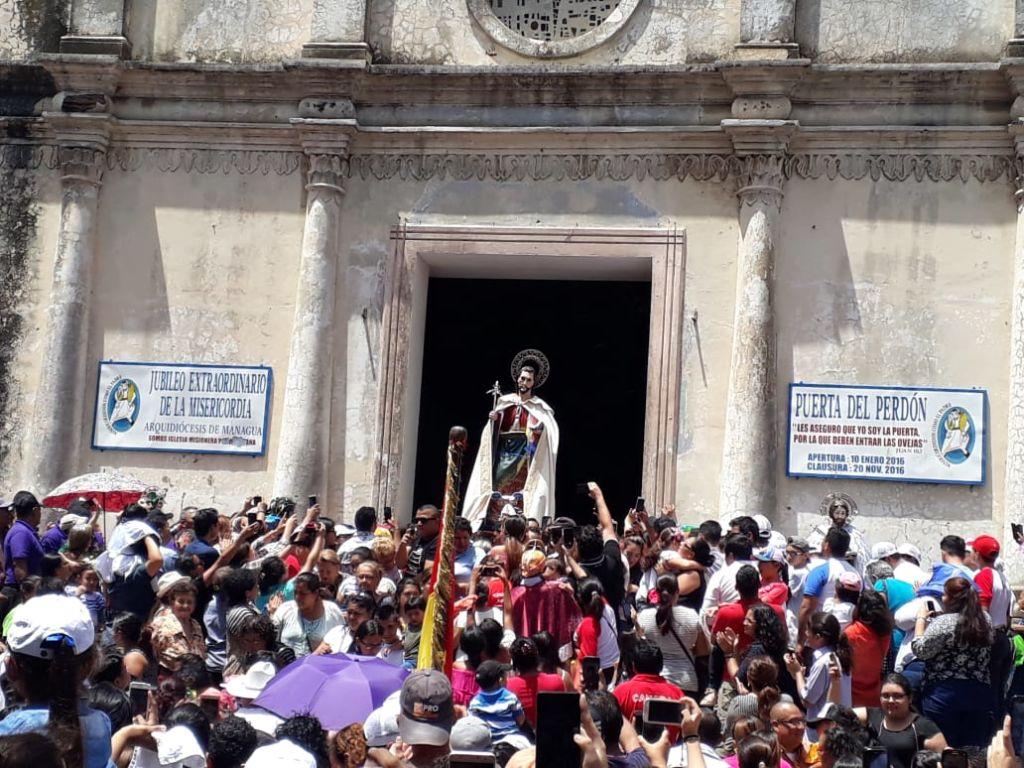 Las fiestas patronales de Santiago tradicionalmente inician el 29 de junio con la salida de la demanda mayor o demandantes en peregrinación hacia la montaña y concluyen en la primera semana de agosto. LA PRENSA/MYNOR GARCÍA