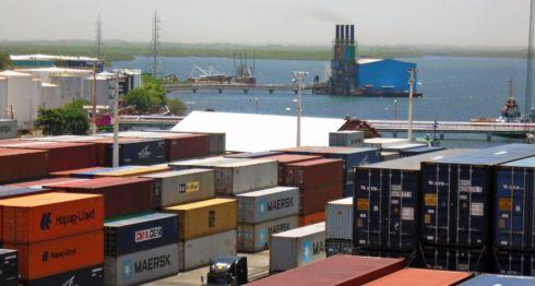 El régimen de Daniel Ortega está reteniendo productos y equipos importados por los empresarios en represalia por su apoyo a la Alianza Cívica. LA PRENSA/ ARCHIVO