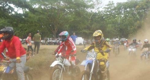 El Campeonato Nacional de Motovelocidad sobre tierra se realizó este domingo en el circuito de El Trapiche, Managua. LA PRENSA/CORTESÍA/FENIMOTO