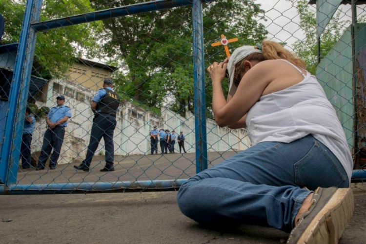 Cientos de desaparecidos y secuestrados por paramilitares del gobierno en Nicaragua aparecen en la cárcel El Chipote. LA PRENSA/ ARCHIVO