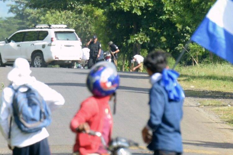 El comisionado Ramón Avellán dirigía a los paramilitares y policías que atacaron a balazos a los participantes en la caravana. LA PRENSA/ RAQUEL ACOSTA