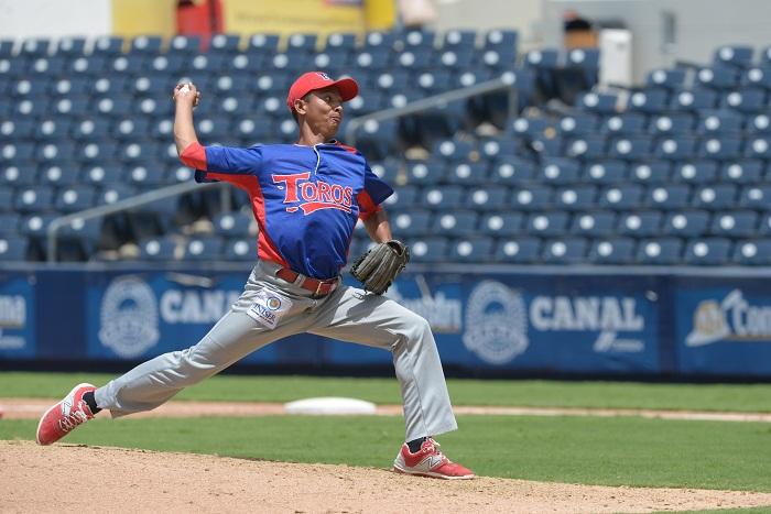 El chontaleño Erasmo Reyes sigue sin perder en el Campeonato Nacional de Beisbol Superior y es seguro líder en victorias de la temporada con las 12 que acumula a falta de una jornada. LA PRENSA/JADER FLORES
