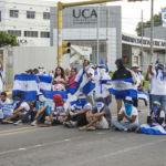 Estudiantes universitarios exigen al Ejército de Nicaragua seguir el ejemplo de los militares de Bolivia