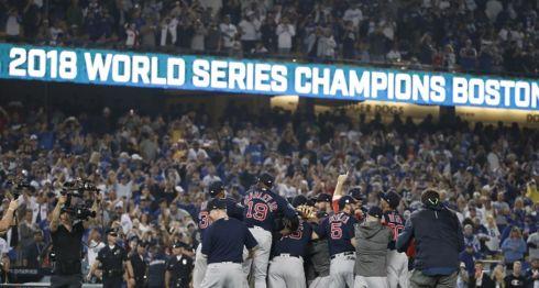 Los Medias Rojas de Boston ganaron en cinco partido la Serie Mundial 2018 frente a los Dodgers de Los Ángeles. LA PRENSA/EFE/EPA/MIKE NELSON