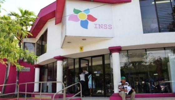 Mientras la crisis financiera del INSS continúa agravándose, el servicio a los asegurados empeoran en los clínicas. LA PRENSA/ ARCHIVO