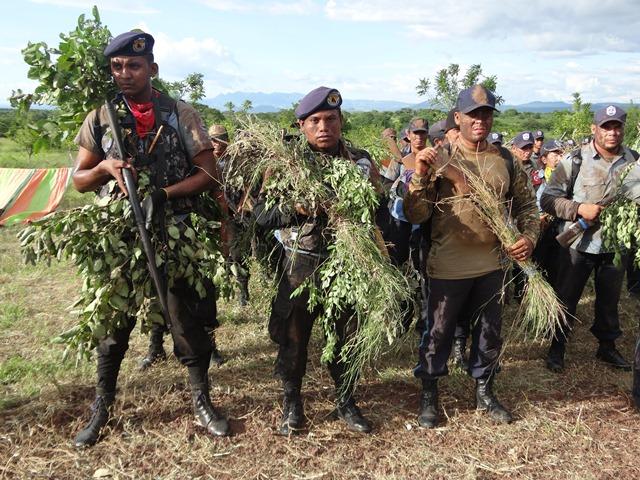 """Policías de Managua entrenándose como militares para posibles """"combates"""". LA PRENSA/ TOMADA DE PO"""