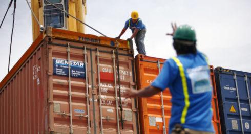 Según reportes del Centro de Trámites de las Exportaciones (Cetrex), entre el 1 de enero y el 31 de octubre de este año Venezuela solo ha comprado 17.84 millones de dólares. LA PRENSA/ ARCHIVO