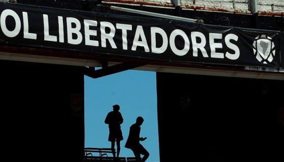 El partido de vuelta de la final de la Copa Libertadores, entre Boca Juniors y River Plate, podría jugarse en el estadio Santiago Bernabéu de Madrid. LA PRENSA/EFE/ Juan Ignacio Roncoroni