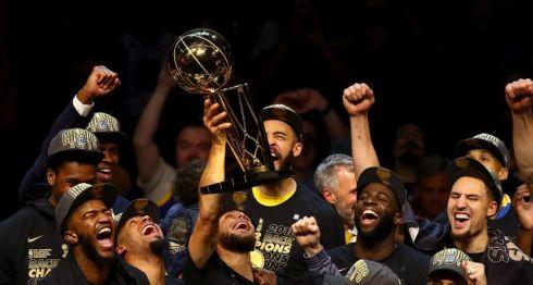 Los Warriors de Golden State han ganado el premio Deportista del Año de Sports Illustrated por su constancia. LA PRENSA/Justin K. Aller / GETTY IMAGES NORTH AMERICA / AFP