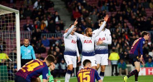 Lucas Moura marcó el gol que le dio el empate al Tottenham ante el Barcelona y la clasificación a octavos. LA PRENSA/EFE
