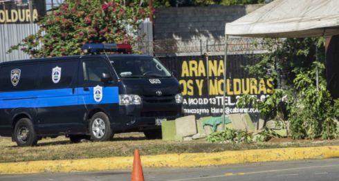 Los muros que se habían levantado en algunas rotondas de Managua fueron destruidas por la misma Alcaldía. LA PRENSA/ ROBERTO FONSECA