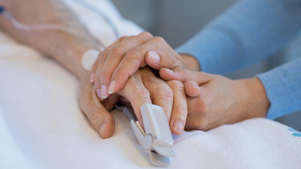 ¿cuánto tiempo puede vivir con cáncer de próstata terminal letra