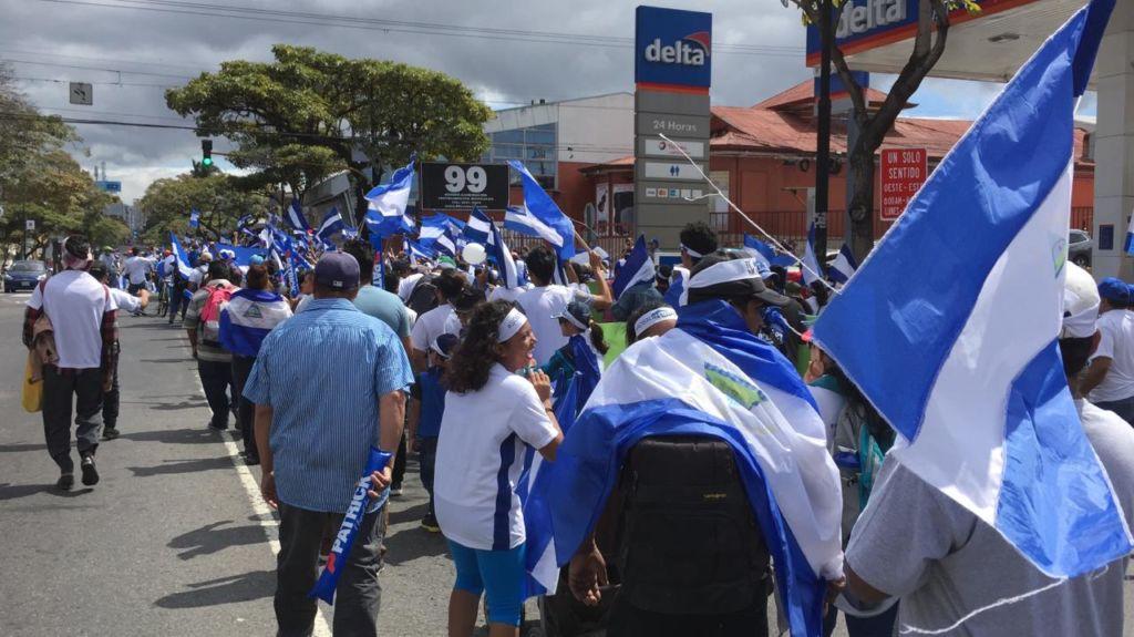 La marcha en San José partió desde el parque de La Sabana hasta la Plaza de la Democracia. LA PRENSA/ GERALL CHÁVEZ/ CORTESÍA
