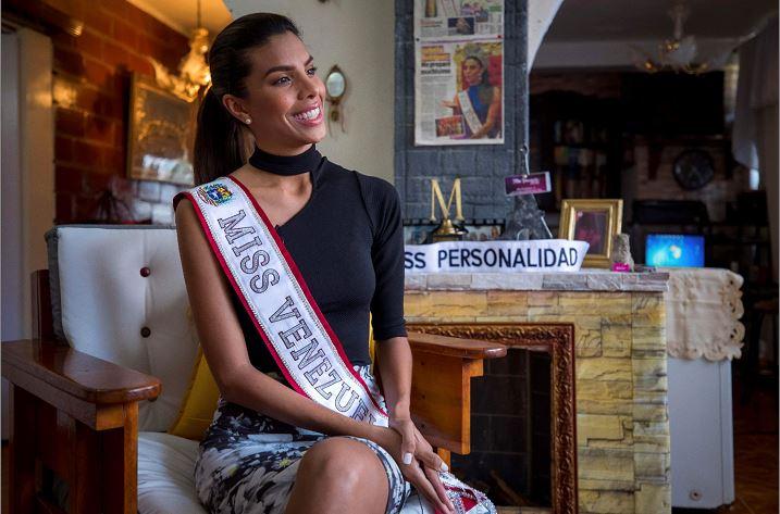 Miss Venezuela 2018, Isabella Rodríguez en su vivienda. LA PRENSA/ EFE