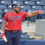 Ofilio Castro y Darrell Campbell serán los próximos bateadores de mil hits en el beisbol nacional
