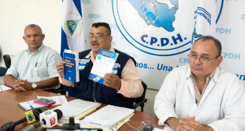 Conferencia de prensa en la CPDH para desmentir a Sonia Castro y actualizar la ola de despidos en el Estado. LA PRENSA / URIEL MOLINA