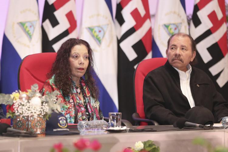Daniel Ortega y Rosario Murillo están definiendo su futuro político en el Diálogo Nacional. LA PRENSA/ Tomada de El 19. Jorge Ulises Rivera