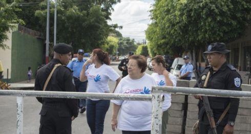Doña Vilma Nuñez, presidenta del Cenidh, tras la toma de las instalaciones de esta ONG. LA PRENSA/ Uriel Molina