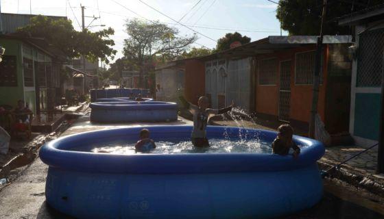 piscina, agua, Semana Santa