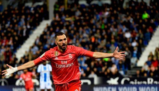 El francés Karim Benzema anotó su gol 18 del curso actual de la Liga española, en el empate entre Real Madrid y Leganés este lunes. LA PRENSA/AFP