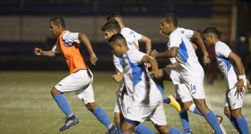 La Selección Nacional de Futbol tiene a 26 jugadores en su última convocatoria previo a la Copa Oro. LA PRENSA/JADER FLORES
