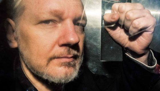 Julian Aassange, Wikileaks, Estados Unidos