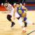 Warriors emparejan serie final de la NBA con los Raptors