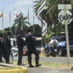 EN VIVO | Fuerte presencia policial previo a la marcha «Nada está normal»