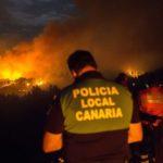 Gran Canaria: 8,000 personas evacuadas por voraces incendios forestales en la isla española