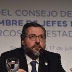Brasil prohíbe la entrada al país a funcionarios del gobierno en disputa de Maduro