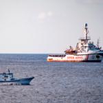 España enviará un buque militar para recuperar a los migrantes varados en el barco Open Arms