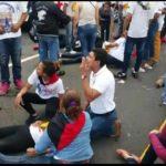 Fanáticos orteguistas impactados por un microbús en carretera nueva a León