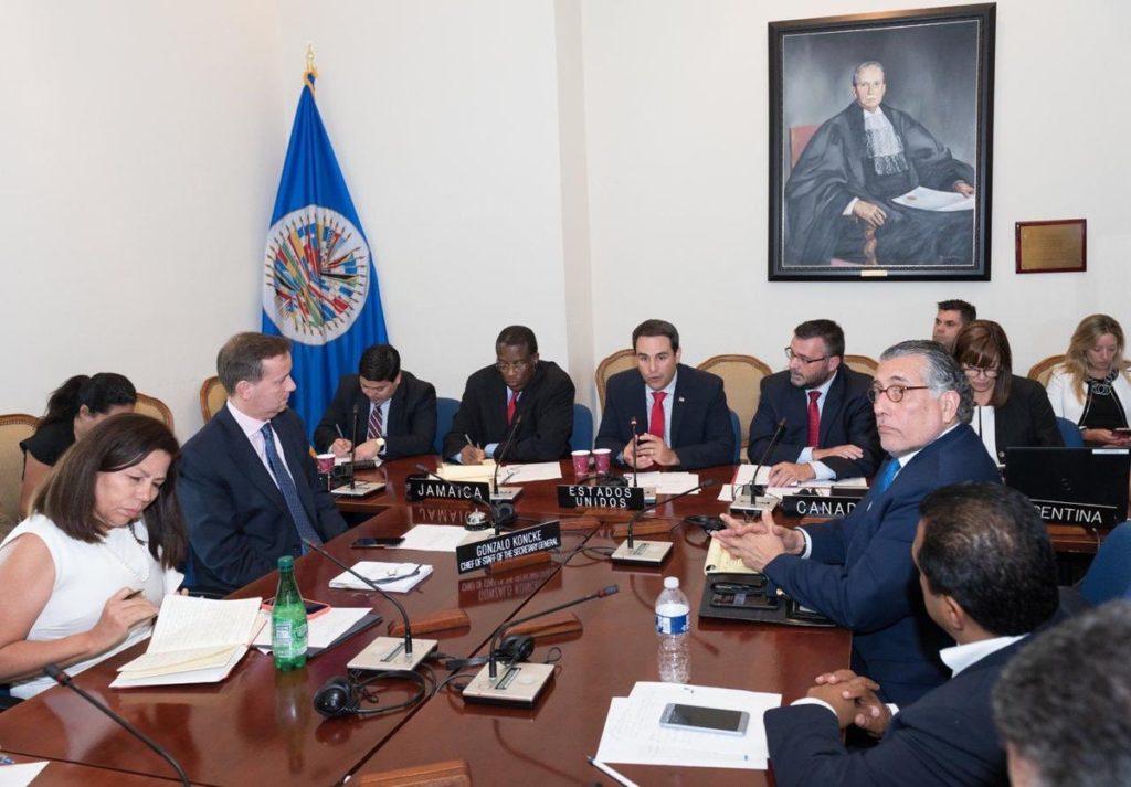 presos políticos, Asociación Madres de Abril, comisión de alto nivel, OEA
