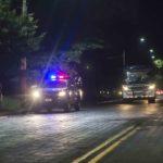 Policías y parapolicías asedian la casa de la familia deMatt Romero a un año de su asesinato
