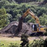 Encuentran al menos 29 cadáveres en una fosa común en México