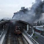Autoridades de Chile imponen un nuevo toque queda, en medio de disturbios que no cesan