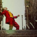 «Joker»: cuál es el origen de la canción que Joaquín Phoenix baila en la película y por qué causa controversia