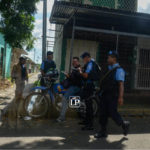 Policía Orteguista impide entrega de donativos durante hablatón por los presos políticos