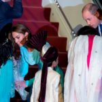 El príncipe Guillermo y Catalina visitan una escuela para niñas en Pakistán