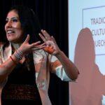Es la primera vez en 500 años: Roxana Quispe marca un hito al defender su tesis doctoral en la lengua de los incas